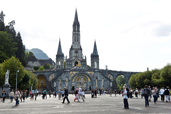 Lourdes Sacred & Religious Guided Tour