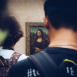 visit louvre mona lisa with universal tour guide