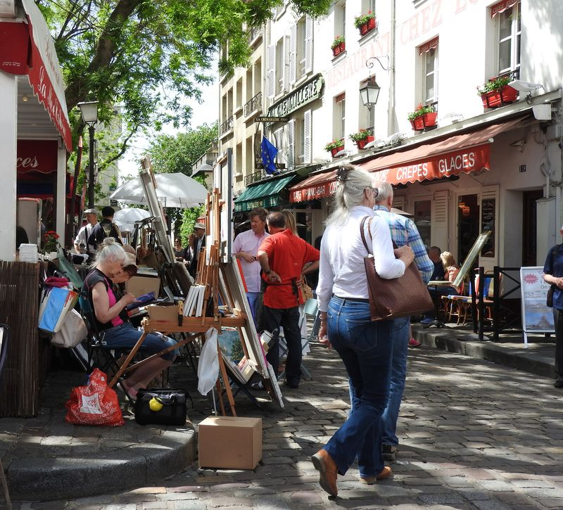 famous artist district of montmartre paris