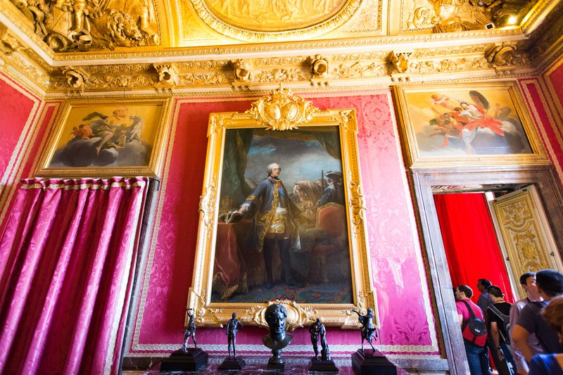 sumptuous paintings in versailles france