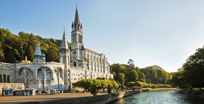 the rosary basilica with our lady of lourdes guided tour