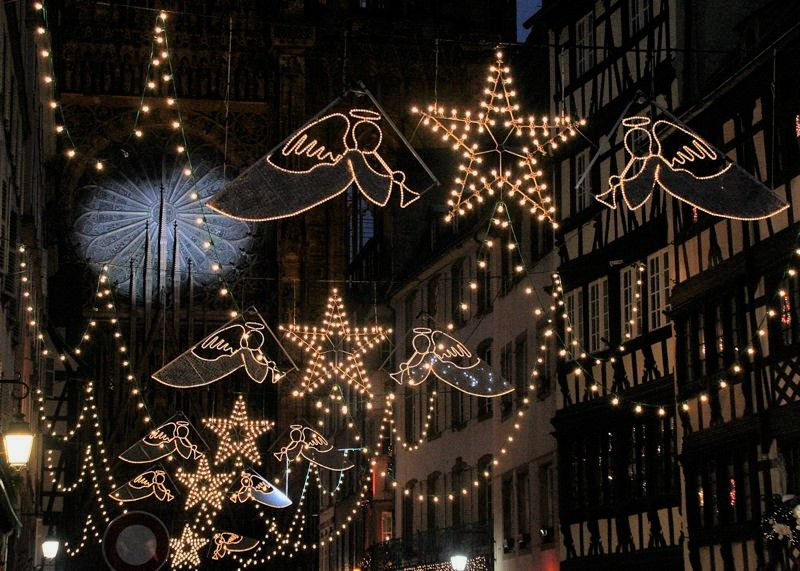 strasbourg christmas market decorations