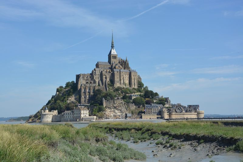 mont saint michel france with a professional guide
