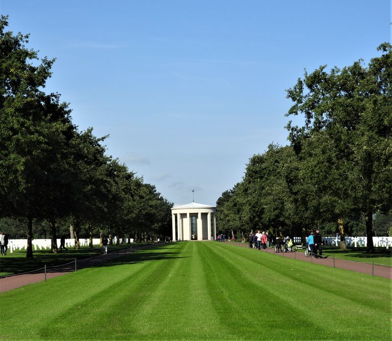 american cemetery normandy tour