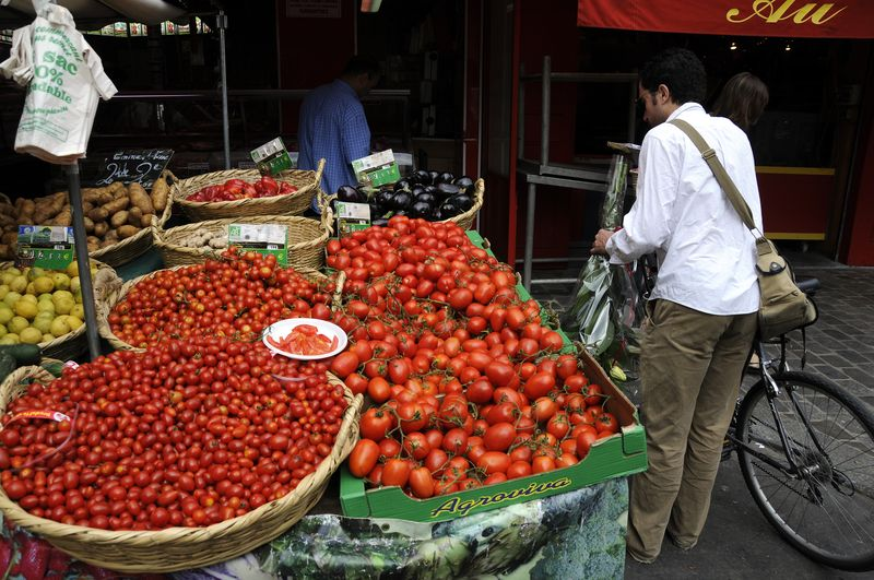 Paris off the beaten track - aligre market