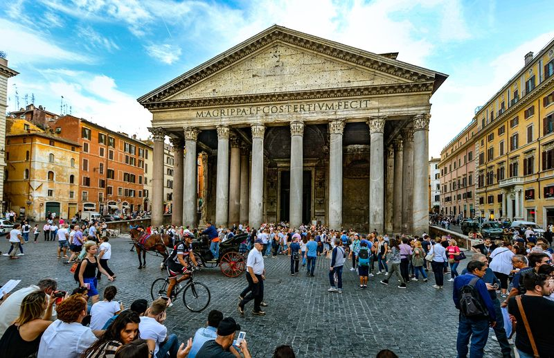 discover the roman pantheon