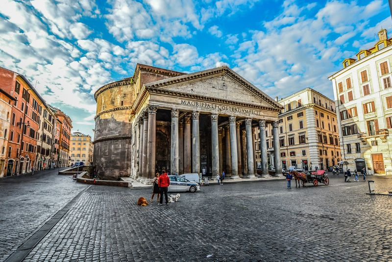 pantheon family tour with universal tour guide