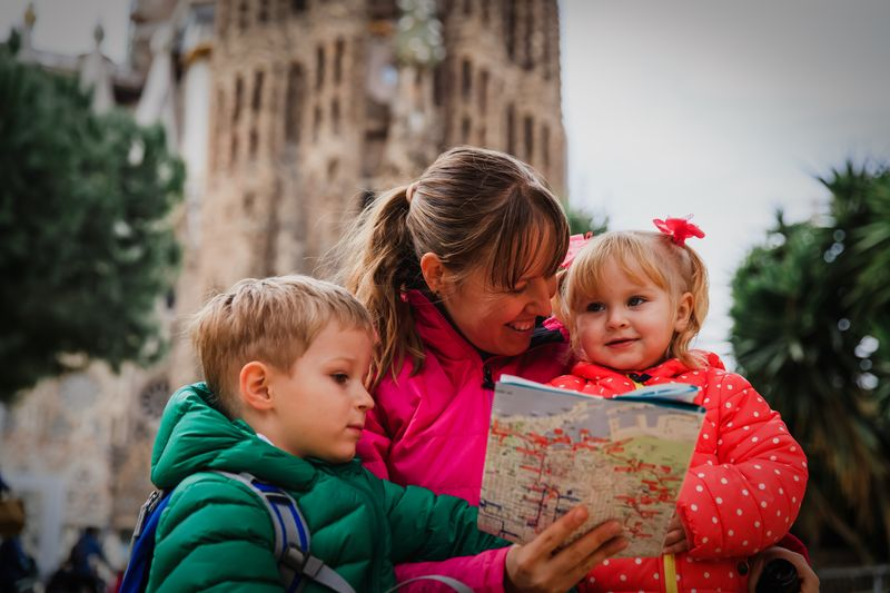 sagrada familia barcelona family tour