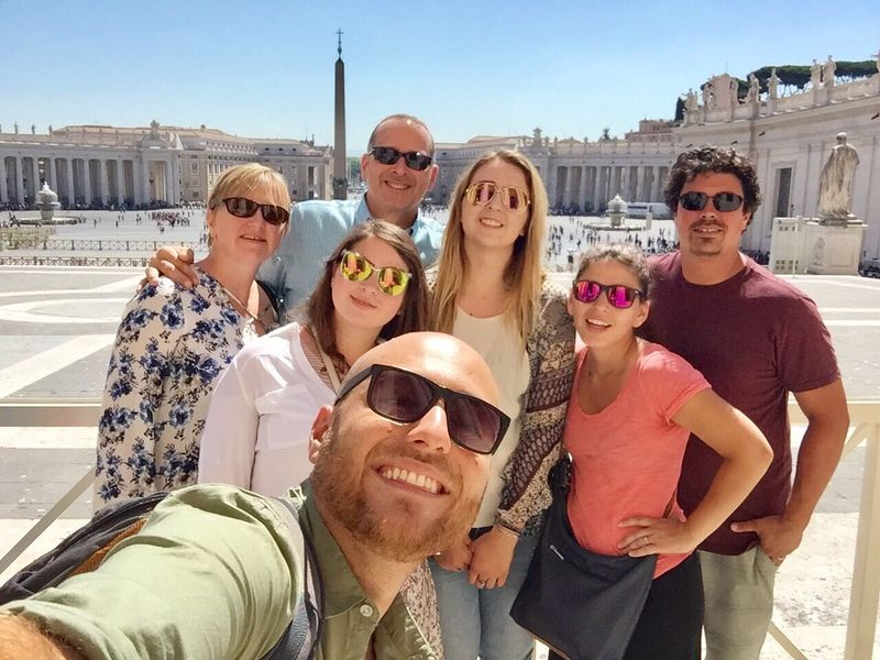 friends on the vatican museums tour