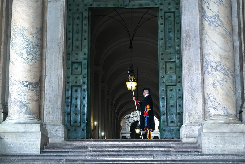 vatican guards and vatican highlights tour
