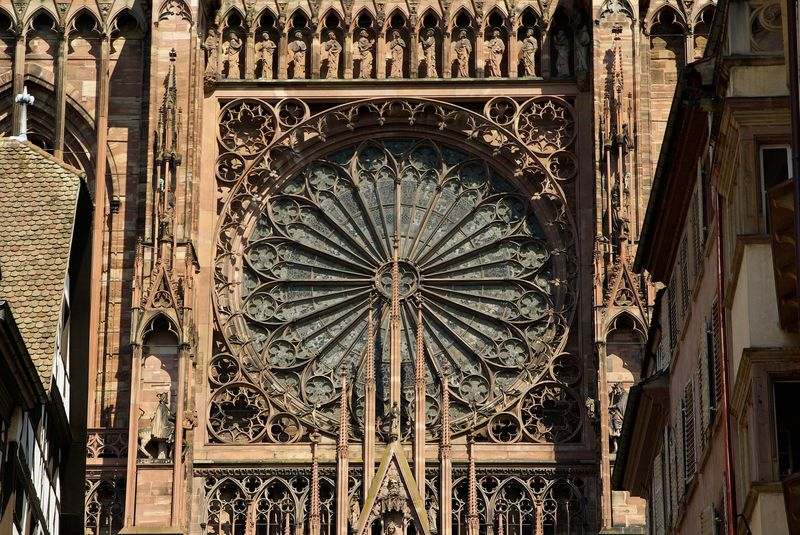 strasbourg cathedral rose window