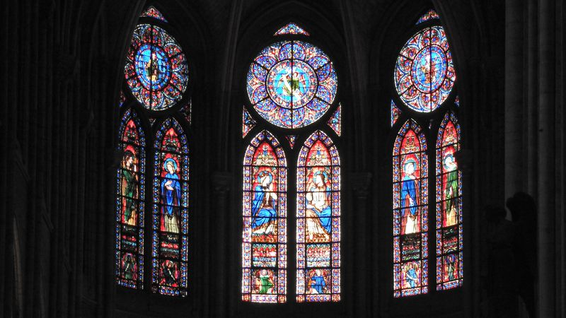 somptuous stained glasses in notre dame paris
