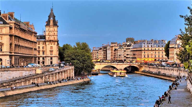 discover new viewpoints with our seine river paris cruise