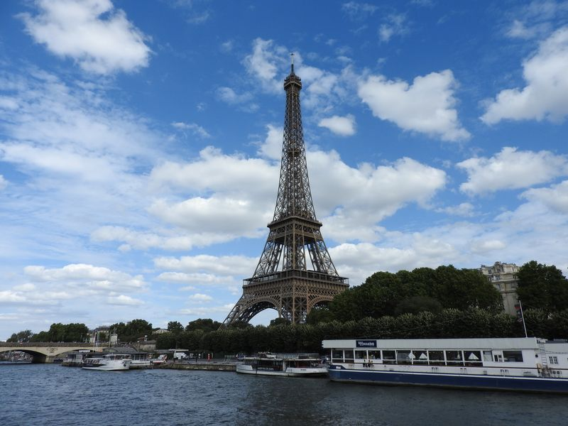 visit paris in one day and cruise on the river seine
