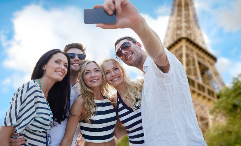 visit paris in one day with universal tour guide