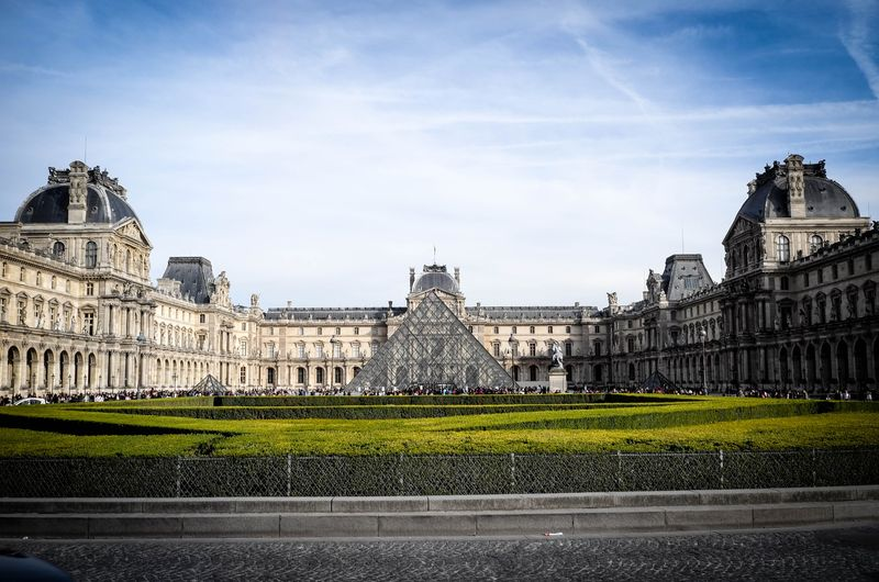 go into the louvre with our visit paris one day tour