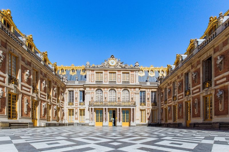 versailles paris private family tour