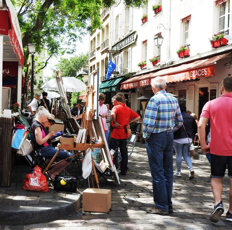 Montmartre Place du Tertre What to do in Paris