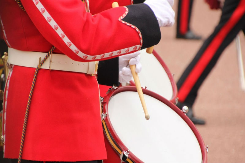 Changing guards - drum